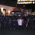 所属消防団の玉川学園南口商店会の夏祭り警戒。新井は左から2番目。
